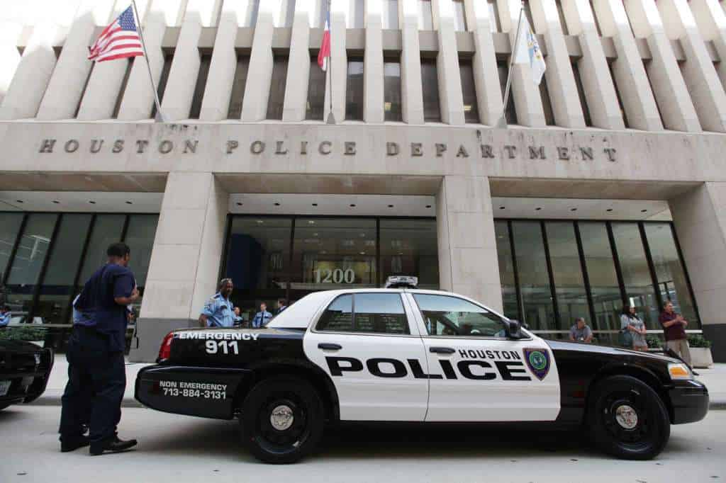 Houston Police Receives Level Iv Body Armor For Officers